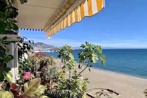 À vendre 1ere ligne de plage à Fuengirola